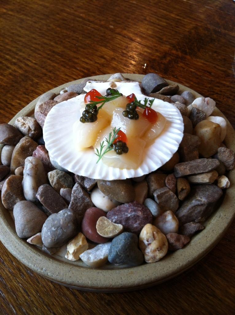 Raw scallop, sea fennel, caviar